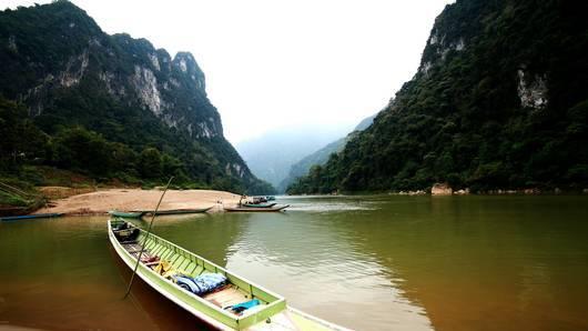 Spirit of Asia - ความสนุกบนสายน้ำ กับปลาย่างหนึ่งตัว
