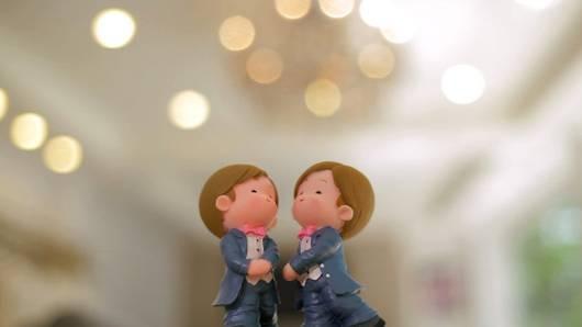 วัฒนธรรมชุบแป้งทอด - ทำไมแต่งงานกันไม่ได้