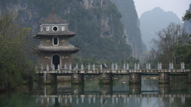 Spirit of Asia - สำเนียงชีวิตชาวจ้วงในเมือง