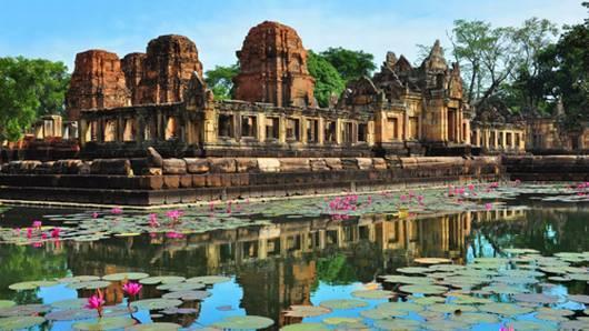 เที่ยวไทยไม่ตกยุค - บุรีรัมย์ แดนปราสาทขอมล้ำค่า เมืองกีฬาล้ำยุค