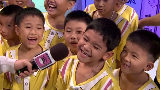 ท้าให้อ่าน ยกทีม - โรงเรียนนฤมลทินธนบุรี กรุงเทพฯ