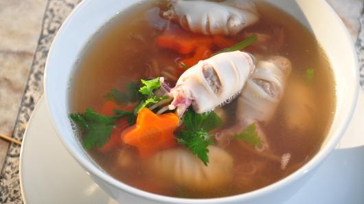 หม้อข้าวหม้อแกง - แกงจืดปลาหมึกยัดไส้