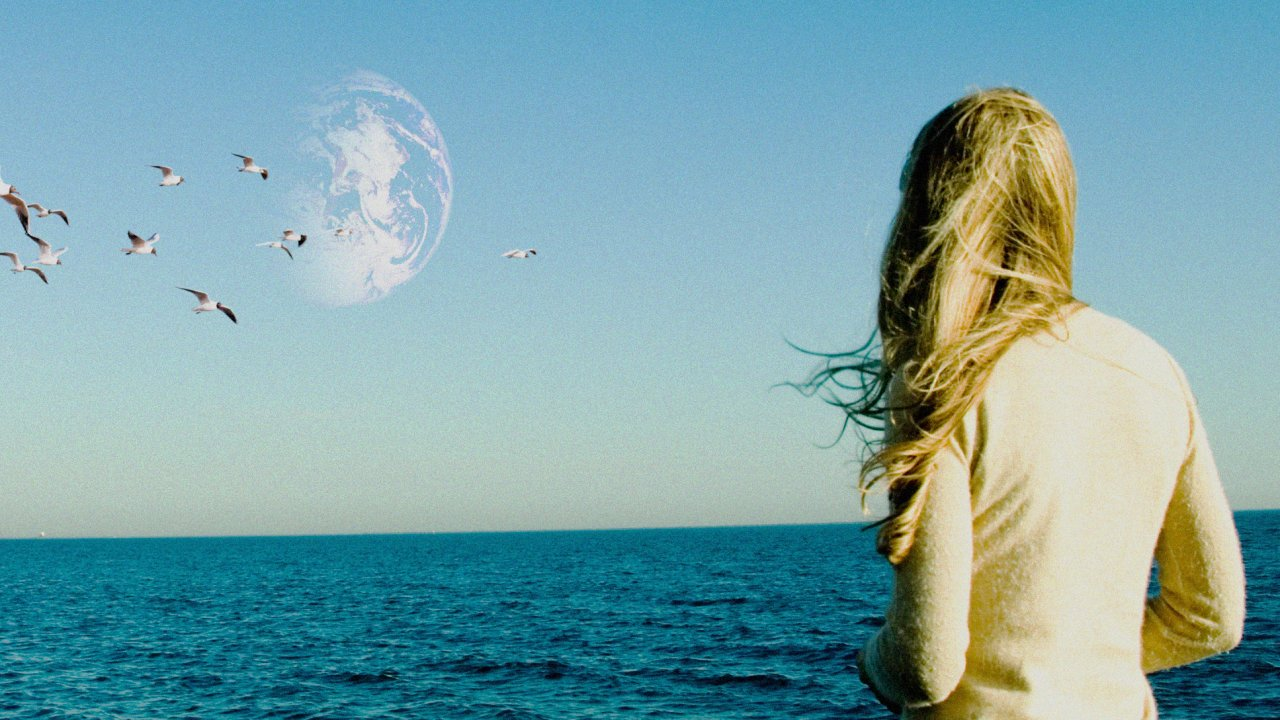 ไทยเธียเตอร์ - Another Earth  รักแห่งโลกคู่ขนาน