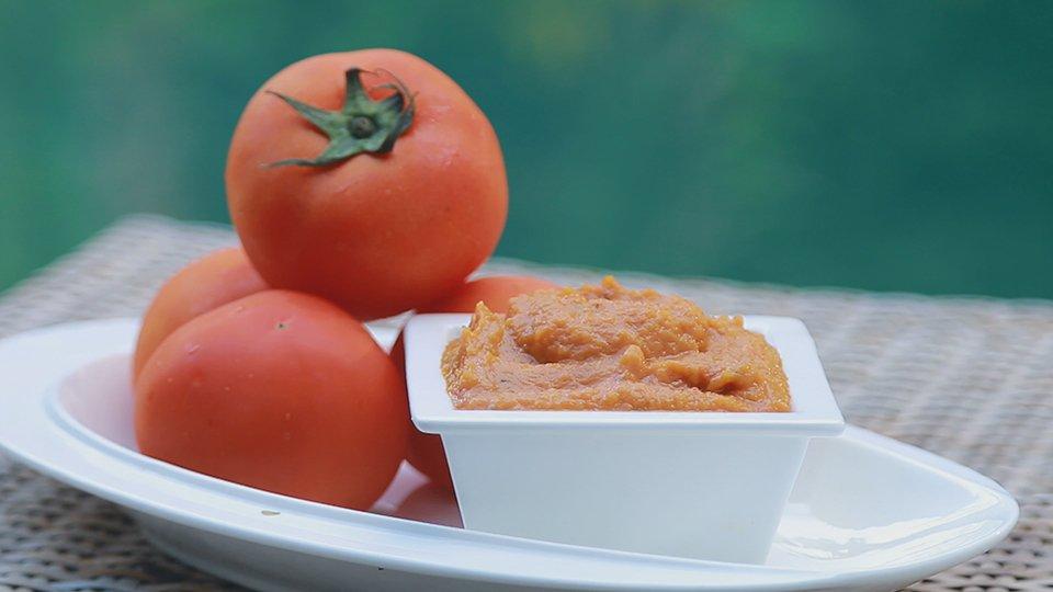 กินอยู่...คือ - ทำซอสพริกและซอสมะเขือเทศกินเอง