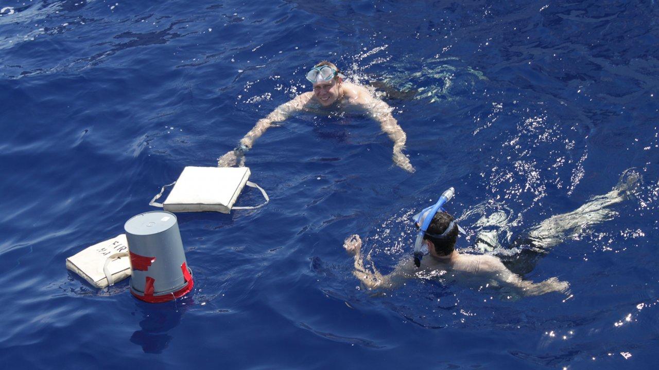 มิติโลกหลังเที่ยงคืน - มันจะยากแค่ไหนกัน ตอน ยานถ่ายภาพใต้น้ำทำเอง