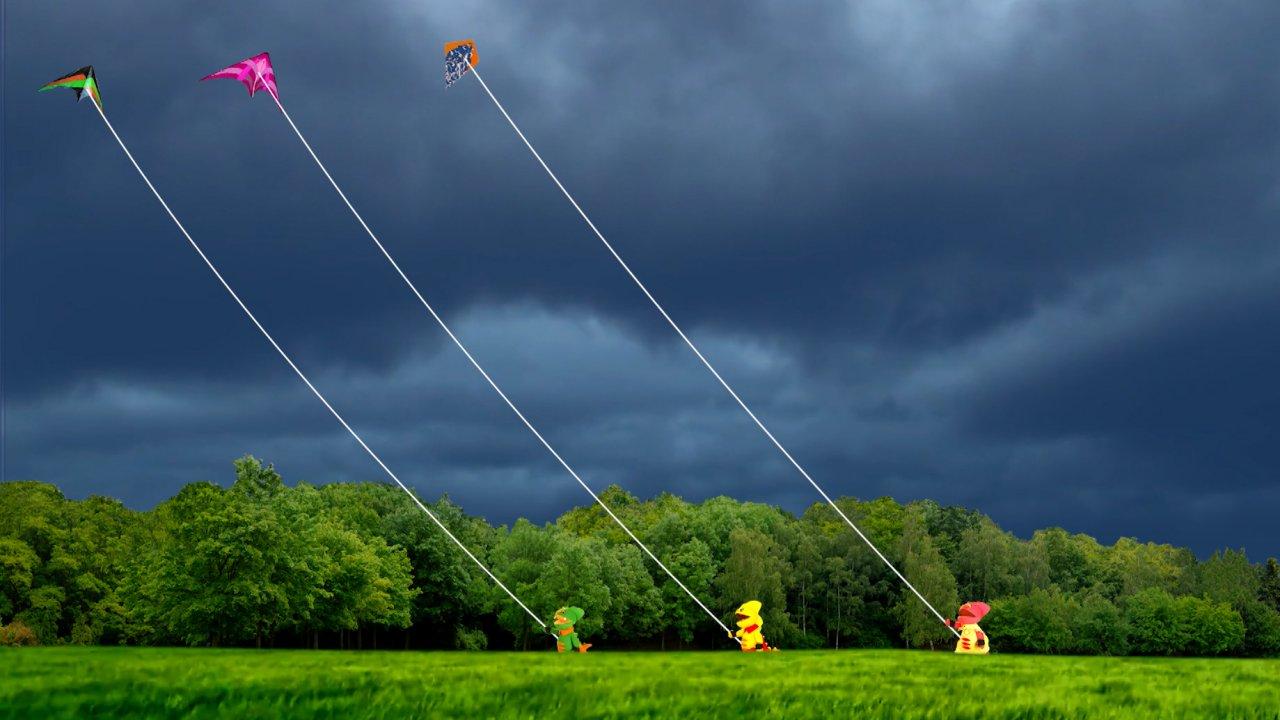 TataTitiToto ไดโนจอมป่วน - เล่นว่าวหน้าฝน