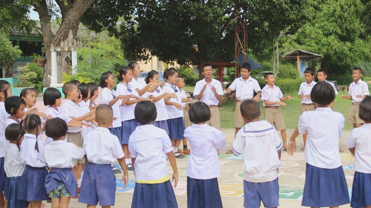 ภูมิภาค 3.0 - โรงเรียนพริกขี้หนู, โอรังอัสลี ยิปซีแห่งขุนเขา, ปรับทิศพิชิตโคลนถล่ม