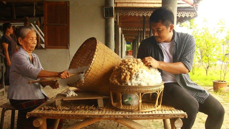 ทั่วถิ่นแดนไทย - ต้นแบบแห่งความรักและถักทอ บ้านหนองอาบช้าง จังหวัดเชียงใหม่