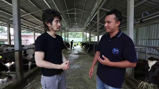 ดูให้รู้...ไป เปลี่ยน โลก - เรียนรู้คนสู้ที่ฟาร์มโคนม สู้จริง สำเร็จจริง 1