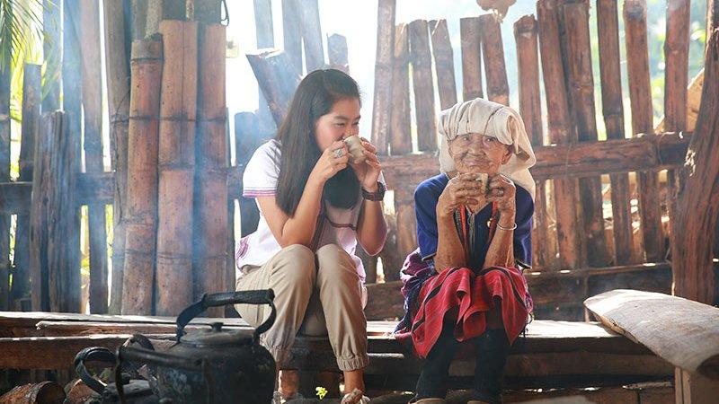 เที่ยวไทยไม่ตกยุค - เที่ยวกลางใจ ในหมู่บ้านแม่กลางหลวง จังหวัดเชียงใหม่