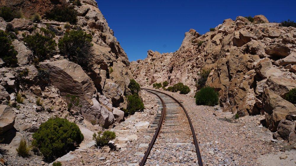 โลกหลากมิติ - ผจญภัยกับรถไฟสายอึด ตอน ข้ามพรมแดนโบลิเวีย