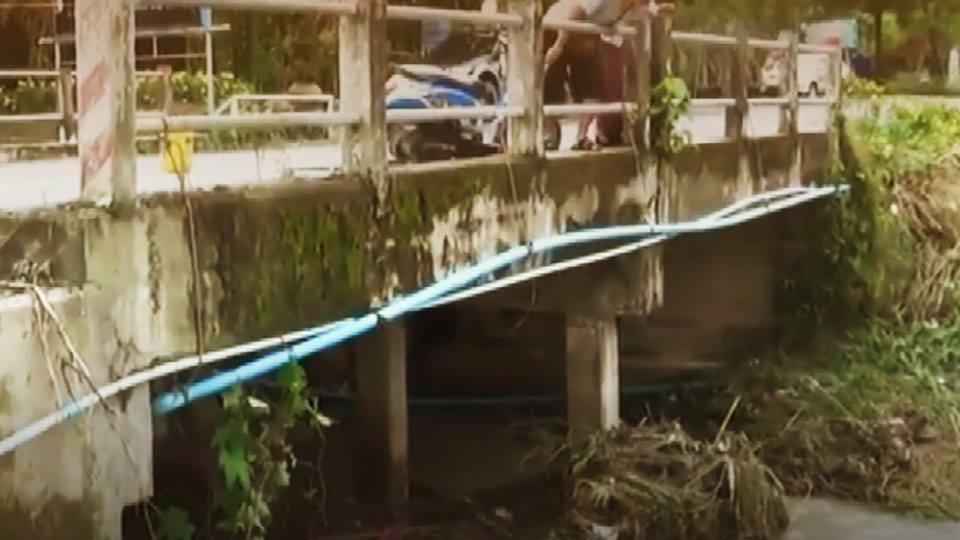 ร้องทุก(ข์) ลงป้ายนี้ - น้ำป่าไหลกัดเซาะคอสะพานพังเสียหาย อ.แก่งคอย จ.สระบุรี