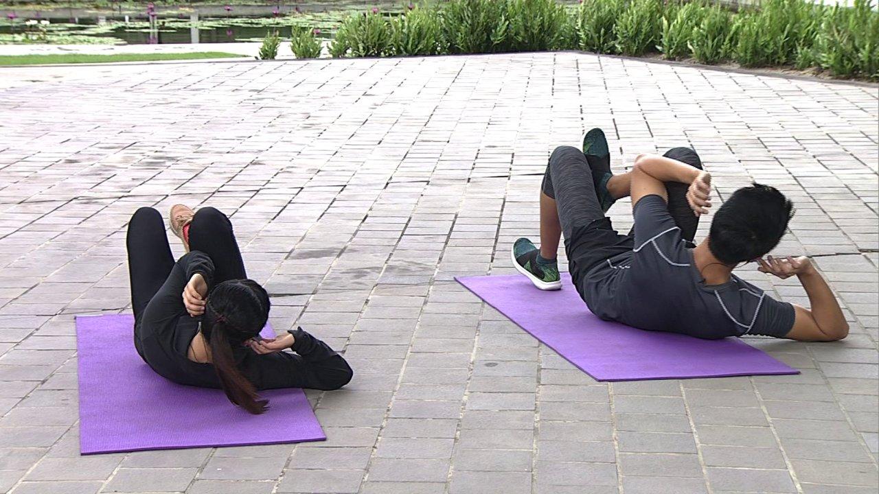 ข.ขยับ - การสร้างกล้ามเนื้อท้องสวยสำหรับสาว ๆ