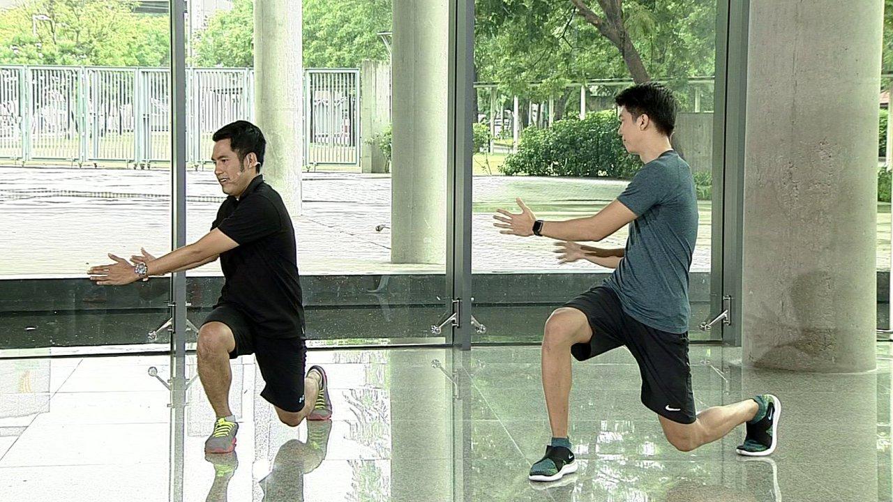 ข.ขยับ - ท่าวอร์มอัพก่อนเล่นเทนนิส