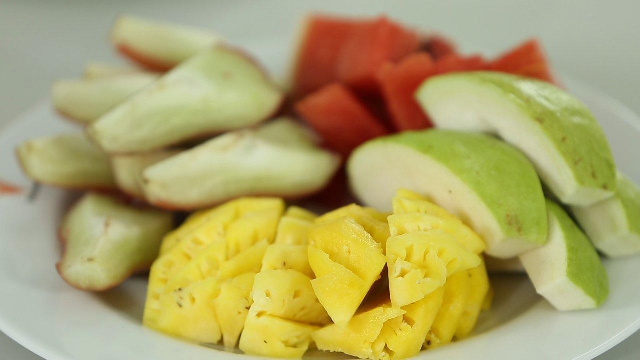 คนสู้โรค - รู้สู้โรค : กินผลไม้อย่างไร ให้ไม่อ้วน