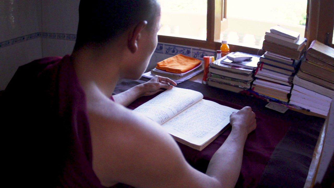 ตามรอยพระพุทธเจ้า 2 : ไตรปิฎก คำสอนมีชีวิต - ผู้จดจำพระไตรปิฎกกว่า 16,000 หน้า